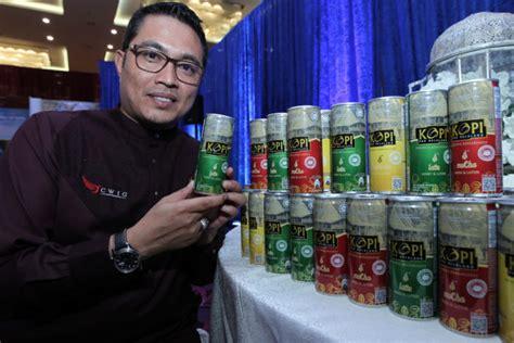 film malaysia pak belalang kopi pak belalang rtd coffee marks debut mini me insights