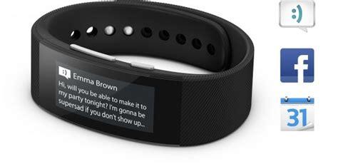 SmartBand Talk SWR30   Activity Wristband   Sony Mobile (Global UK English)