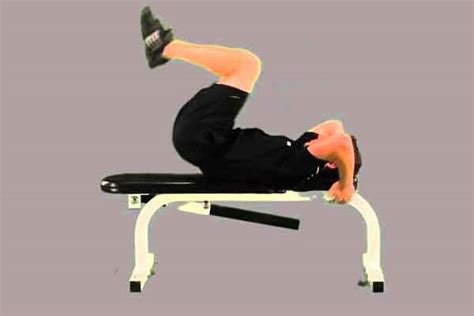decline bench reverse crunches how to perform decline reverse crunches
