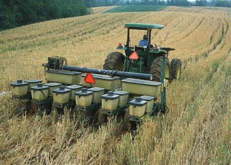 no till planting of corn into cover crop of barley
