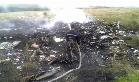 malaysia airlines crash news malaysia airlines mh17 second fatal crash in the space of