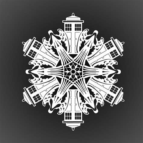 printable doctor who snowflake template weeping angel and tardis paper snowflake by 13katyusha13