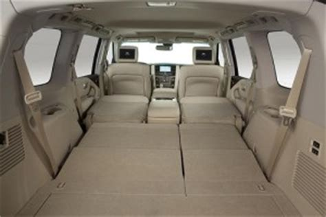 infinity qx56 people carrier with 8 seats