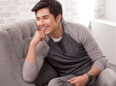 paulo avelino to star in film adaptation of nick joaquin s paulo avelino stars in movie adaptation of quot ang larawan quot