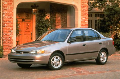 how to sell used cars 1997 geo prizm spare parts catalogs 1998 02 chevrolet prizm consumer guide auto
