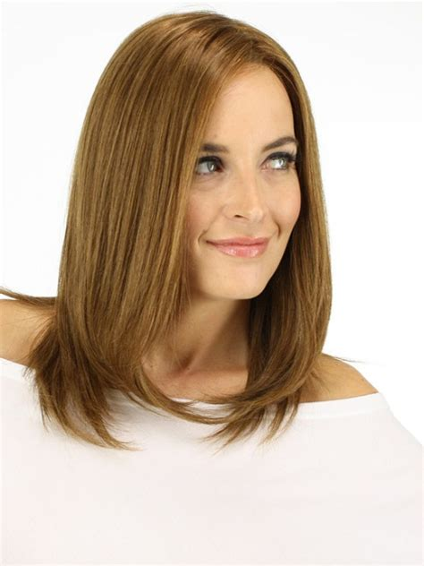 medium hair styles for women over 40 oblong face short