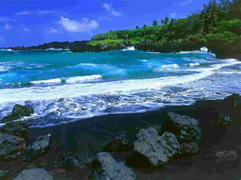 black sand beaches hawaii black beach maui hawaii wallpaper hawaii cities
