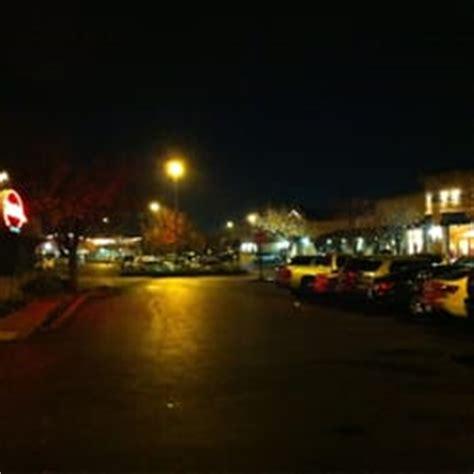 Fig Garden Shopping Center by Fig Garden Shopping Center Winkelcentra Fresno