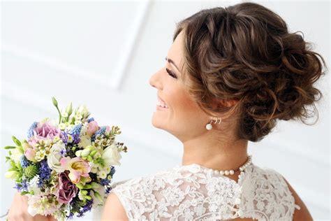 Hochzeitsfrisur Offen Selber Machen by Diese Drei Brautfrisuren Ganz Einfach Selber Machen