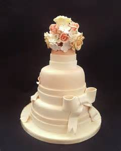 3 tier wedding cake images 3 tier bow and flower wedding cake