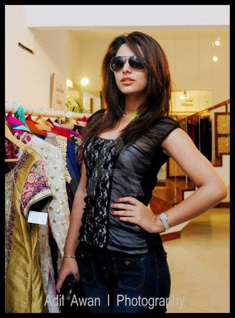 model ayyan ali bio profile hot pics hd walls
