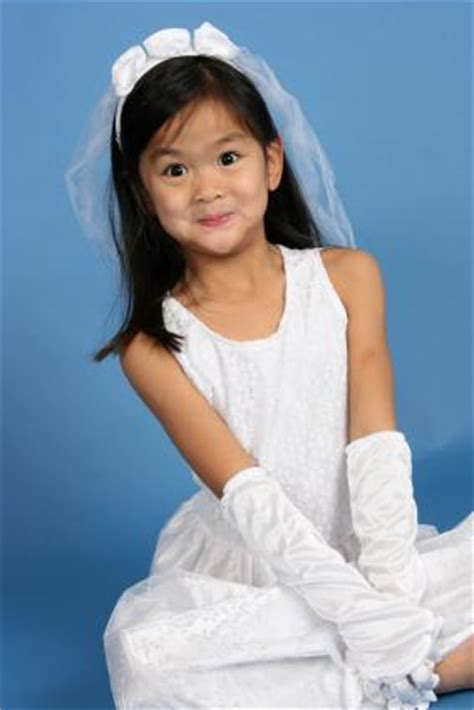 Toddler and Child Bride Costumes   LoveToKnow
