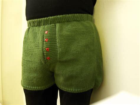 pattern crochet mens shorts 21 men in woolly shorts you can t un see top crochet