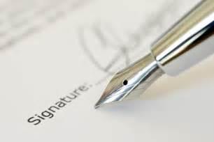 Signature creating an email signature