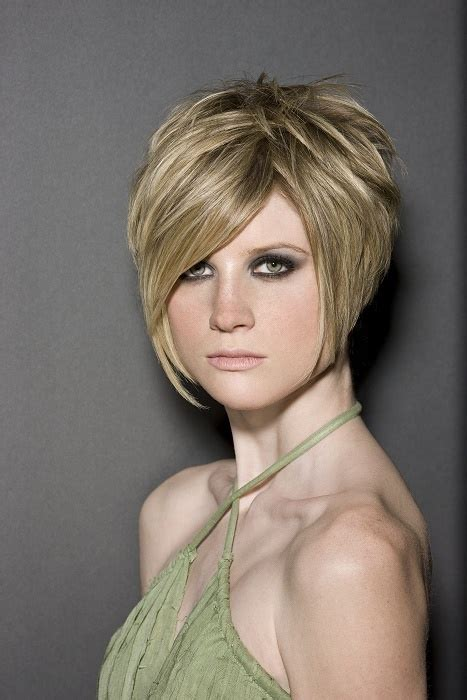 pictures of 45 degree haircut articles and pictures 36 best 0 45 90 180 degree haircuts aka layered hair