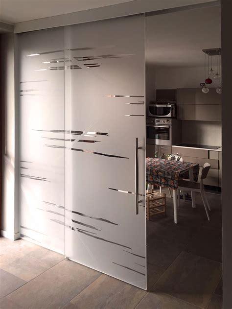 Cucina Con Porta Scorrevole by Diveidere Cucina E Sala Con Porte Scorrevoli In Vetro