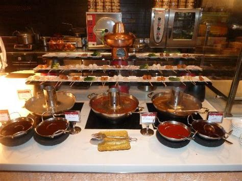 part of the buffet choices picture of atlantis the palm