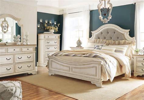 realyn  tone king panel bed set cincinnati overstock warehouse