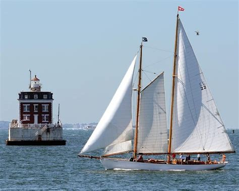 thames river heritage park leaving fort trumbull for the groton shore picture of