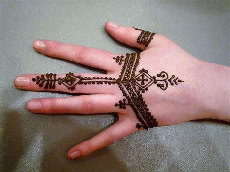 imagenes de tatuajes de henna no todas las personas que respiran est 225 n vivas tatuajes