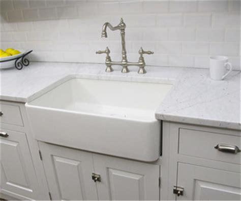 overstock badezimmerbeleuchtung fireclay butler large 29 5 inch kitchen sink