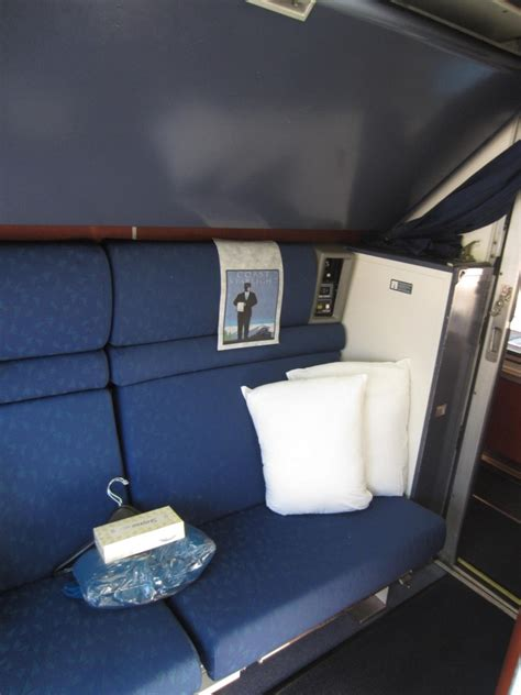 amtrak bedroom amtrak superliner bedroom www imgkid com the image kid has it
