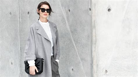 minimalistic look 50 minimalist fashion outfits to copy this season