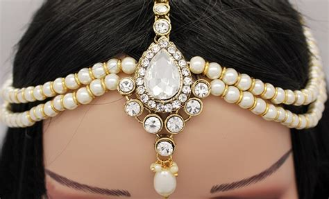 Hairstyle Accessories India by 20 Chic Indian Bridal Hair Accessories To Die For