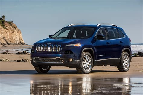 Jeep Chwrokee 2017 Jeep Reviews And Rating Motor Trend