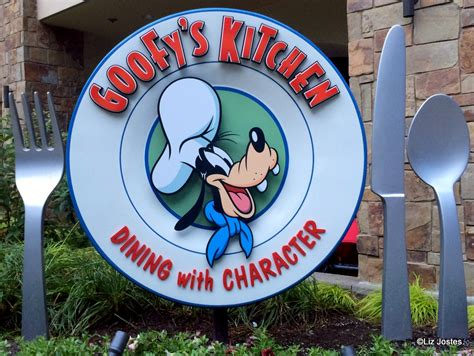goofy s guest review breakfast at goofy s kitchen at the