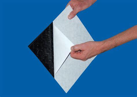 piastrelle pvc adesive piastrelle adesive prezzo messa in posa vantaggi e