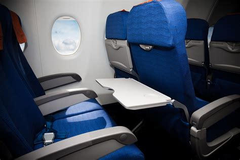 best seats to choose on a plane how to choose the best airplane seat silversurfers