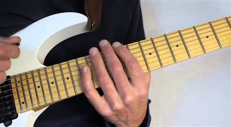 tutorial guitar tapping how to master the sweep picking tapping technique shred