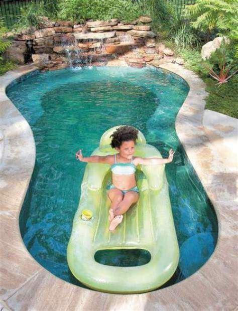 Backyard Spool by 25 Best Ideas About Spool Pool On Small Yard