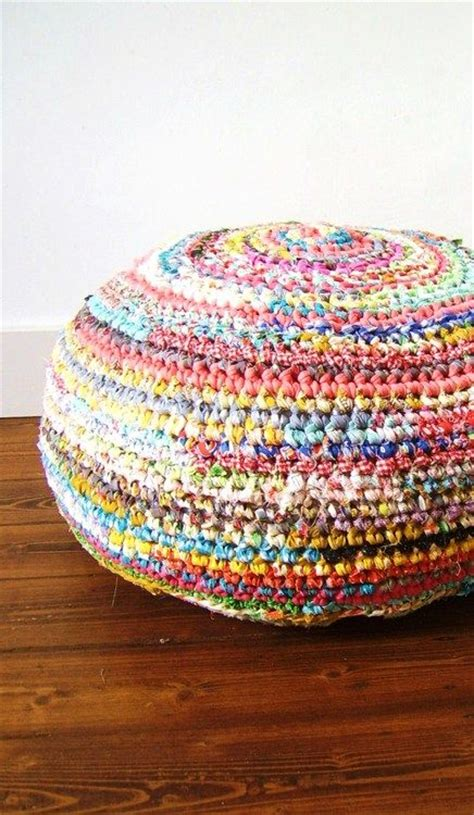 crochet rugs with fabric strips 88 best images about fabric crocheting on braided rug toothbrush rug and