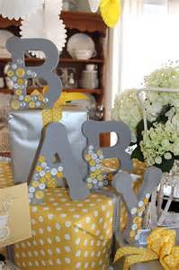 neutral baby shower decorations 41 gender neutral baby shower d 233 cor ideas that excite digsdigs