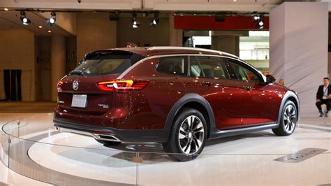 New Buick Regal 2018 by 2018 Buick Regal Lands In New York As The American Insignia