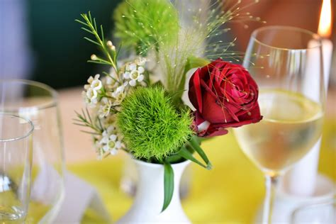 Silnger Dekorasi Souvenir Pesta 20 perlengkapan pernikahan menuju akad resepsi yang istimewa