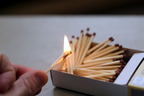 Korek Kuping Kayu foto gratis korek api batang korek api api gambar gratis di pixabay 596303