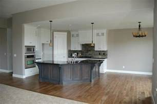 White Kitchen Cabinets With Black Granite Countertops Kitchen With Grey Island White Cabinets Zerra Green Slate