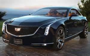 Maker Of Cadillac Car Maker Cadillac Renews Historic Crest Logo Logo Designer