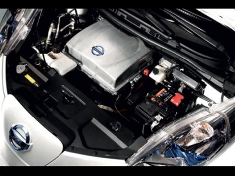 mobilità durata nissan nuova tecnica potenzia durata batterie ioni di