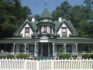 Queen Anne Victorian Homes 1896 victorian queen anne in maxton north carolina oldhouses com
