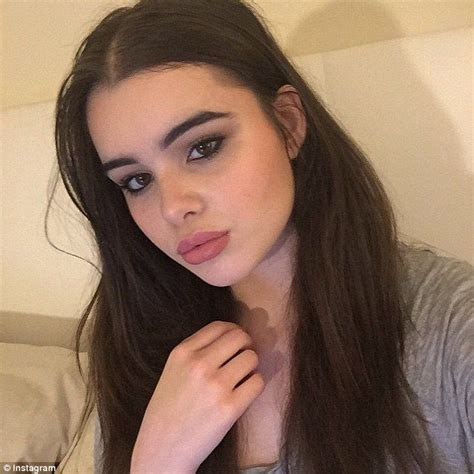 barbie ferreira american apparel plus size model barbie ferreira slams her twitter haters