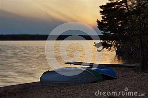 boat dealers near lake wallenpaupack fishing boats at sunset stock image cartoondealer