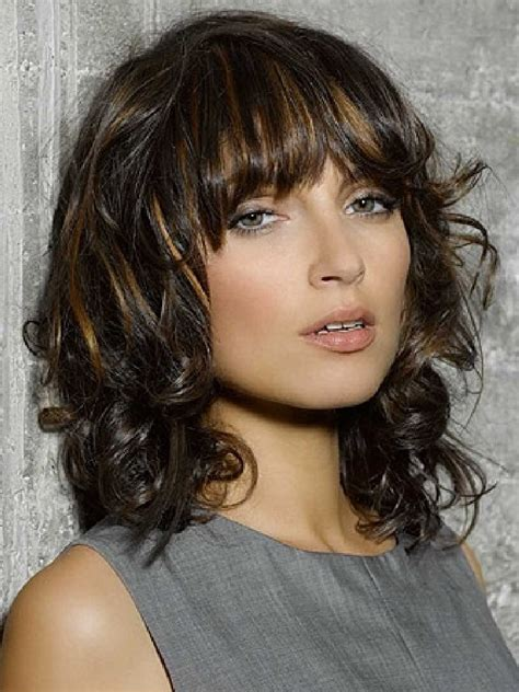 pics of womens medium lenghth hairstyles image
