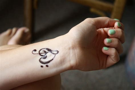 tattoo designs for girls hand fashion tattoos on and wrist amazing