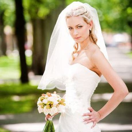 bridal hairstyles down with veil wedding hair half up half down with veil
