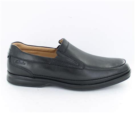 clarks shoe sale sale mens clarks active air slip on shoes scopic step