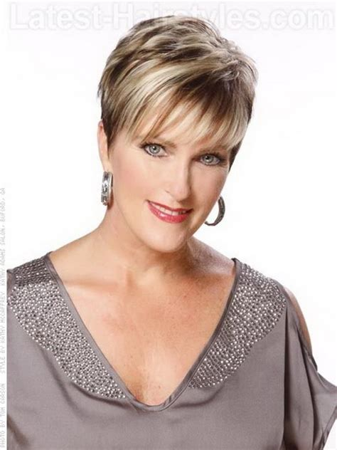 Short pixie haircuts for older women